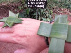 banana leaf jewellery