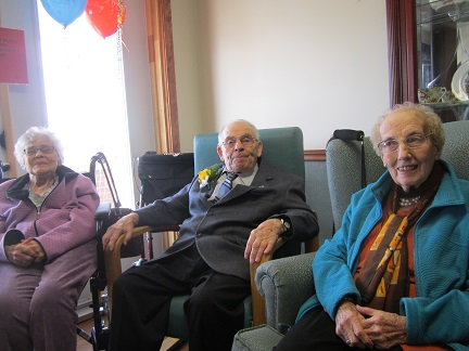 Aunt Louise, Uncle Roll and Edith Crabbe