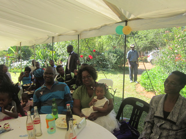 Mrs Hwehwe and her grandaughter