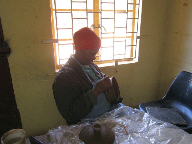 Pottery making in Gabane